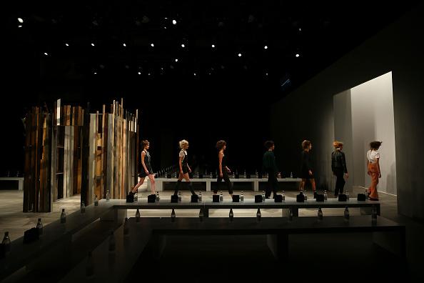 Number 18「Yousef Akbar - Backstage - Mercedes-Benz Fashion Week Australia 2017」:写真・画像(7)[壁紙.com]