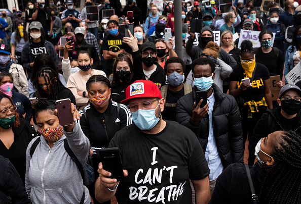 Protest「Protests Continue Over Death Of George Floyd, Killed In Police Custody In Minneapolis」:写真・画像(4)[壁紙.com]