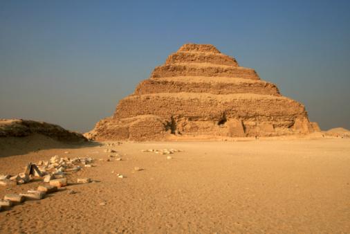 Pyramid Shape「Step Pyramid of Zoser in Saqqara, Egypt」:スマホ壁紙(5)