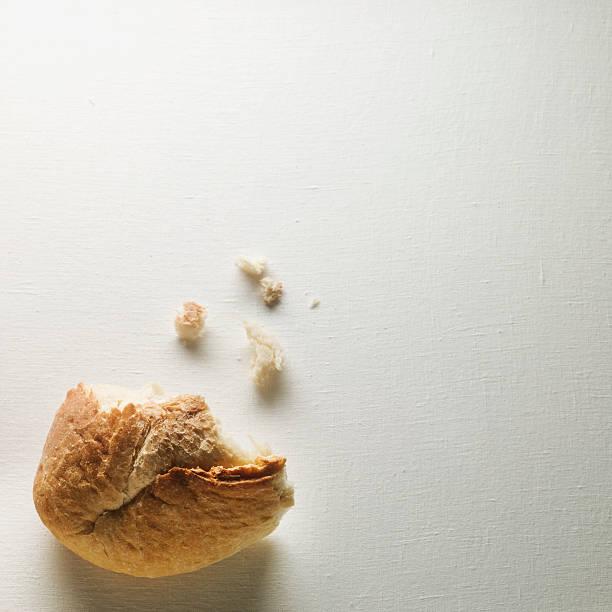 Organic Loaf of Sourdough Bread:スマホ壁紙(壁紙.com)