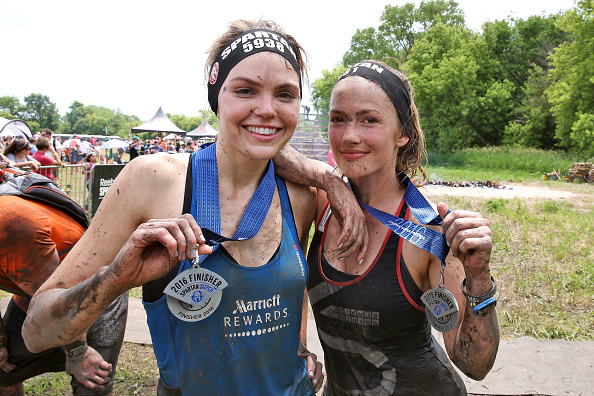 "Aimee Teegarden「Marriott Rewards Reunites Cast Members of ""Friday Night Lights"" for Spartan Race」:写真・画像(18)[壁紙.com]"