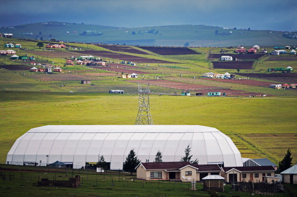 Jeff J Mitchell「Preparations Are Being Made In Qunu Ahead Of the Funeral For Nelson Mandela」:写真・画像(4)[壁紙.com]