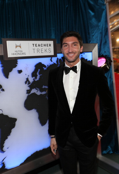 Evan Lysacek「NBCUniversal Golden Globes Viewing And After Party - Red Carpet」:写真・画像(9)[壁紙.com]