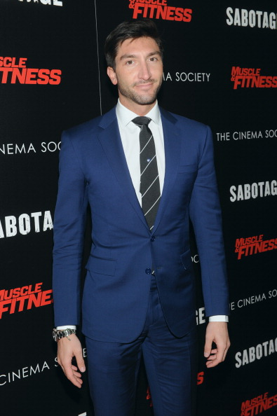 Evan Lysacek「The Cinema Society With Muscle & Fitness Host A Screening Of Open Road Films' 'Sabotage' -  Arrivals」:写真・画像(7)[壁紙.com]