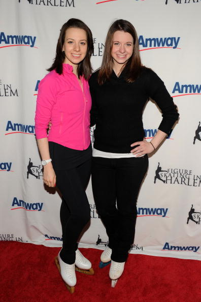 Emily Hughes「Figure Skating In Harlem's 2010 Skating With The Stars Benefit Gala」:写真・画像(18)[壁紙.com]