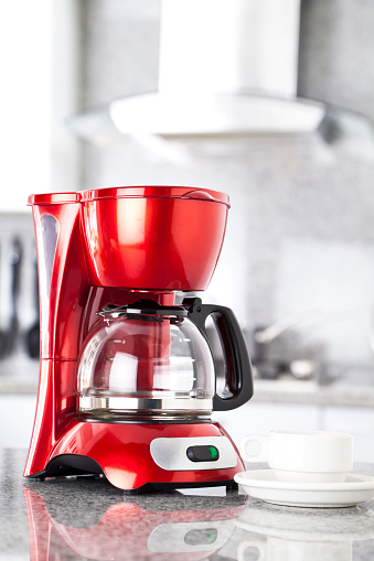 Kitchen Counter「Red coffee maker on a grey marble countertop」:スマホ壁紙(11)