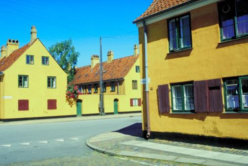 Corner「Deserted street corner, Copenhagen, Denmark」:スマホ壁紙(14)