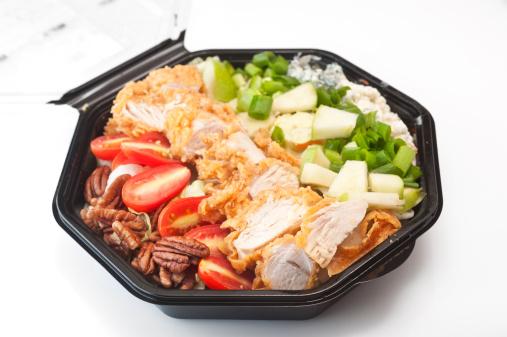 Fast Food「Southern Cobb Salad in black plastic bowl」:スマホ壁紙(5)
