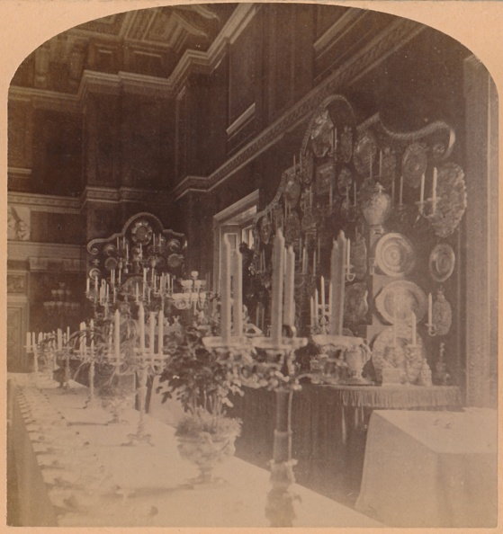 Dining Room「Gold Plate Used By The Royal Family」:写真・画像(3)[壁紙.com]