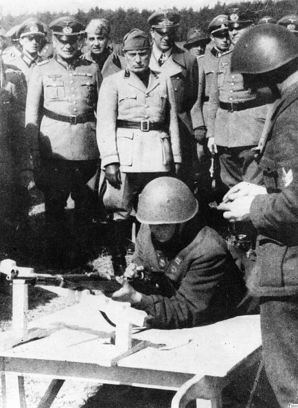 Shape「Mussolini」:写真・画像(5)[壁紙.com]
