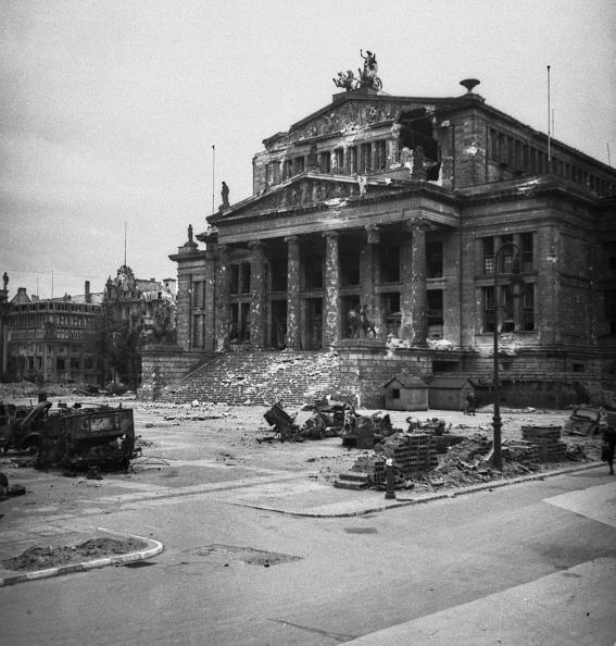 Destruction「Konzerthaus Berlin In Ruins」:写真・画像(12)[壁紙.com]