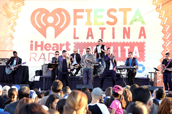 Sponsor「iHeartRadio Fiesta Latina La Villita, Presented By Chase」:写真・画像(7)[壁紙.com]