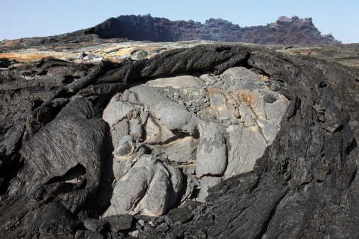 Basalt「Basaltic lava flows from lava lake in pit crater, Erta Ale volcano, Danakil  Depression, Ethiopia.」:スマホ壁紙(7)