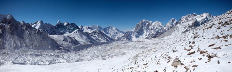 Ama Dablam「Amazing panorama of Himalayas mountain range on beautiful sunny day」:スマホ壁紙(16)