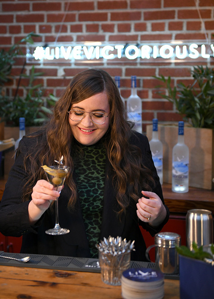 Aidy Bryant「Grey Goose Takes Over New York Happy Hour to Launch Live Victoriously」:写真・画像(13)[壁紙.com]