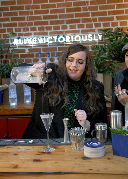 Aidy Bryant「Grey Goose Takes Over New York Happy Hour to Launch Live Victoriously」:写真・画像(7)[壁紙.com]
