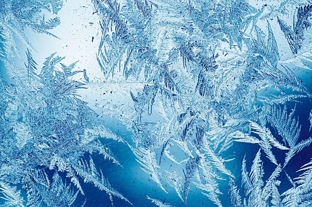 Frost pattern on window:スマホ壁紙(壁紙.com)