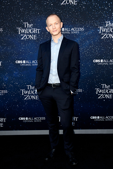 "Full Suit「CBS All Access New Series ""The Twilight Zone"" Premiere - Arrivals」:写真・画像(14)[壁紙.com]"