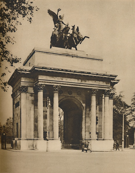 Arch - Architectural Feature「Triumphal Arch Moved From Hyde Park To Constitution Hill」:写真・画像(5)[壁紙.com]