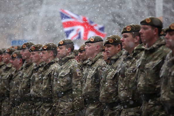 UK「Freedom Parade For Soldiers Returning From Afghanistan」:写真・画像(12)[壁紙.com]
