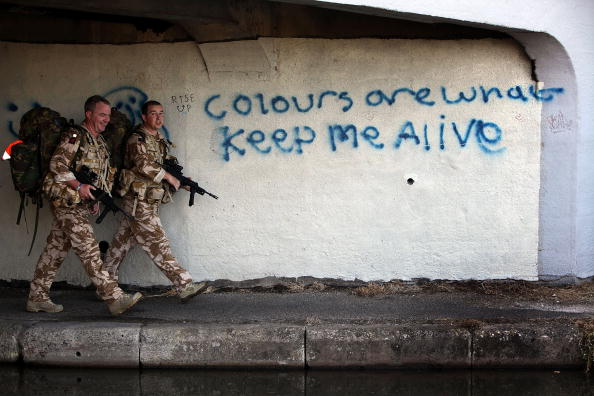 Cheshire - England「Soldiers From The Royal Welsh Regiment Prepare To Leave For Afghanistan」:写真・画像(13)[壁紙.com]