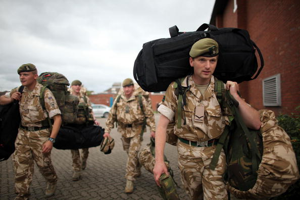 Green Light「2nd Battalion The Yorkshire Regiment Begin Their Deployment To Afghanistan」:写真・画像(19)[壁紙.com]