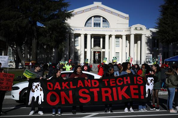 Teacher「Oakland Teachers Go On Strike」:写真・画像(9)[壁紙.com]