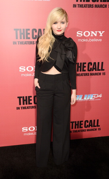 "Hands In Pockets「Premiere Of Tri Star Pictures' ""The Call"" - Arrivals」:写真・画像(12)[壁紙.com]"