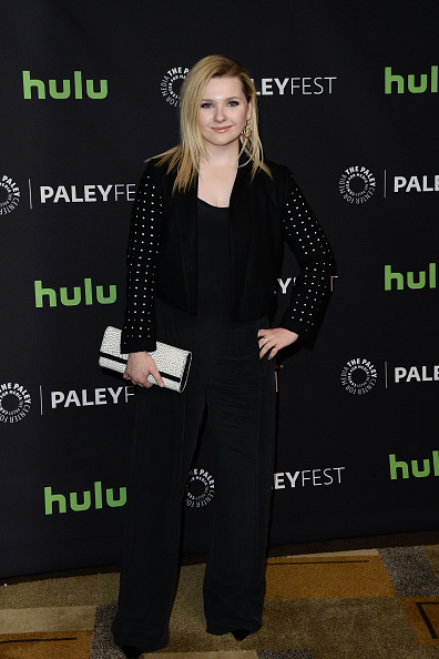 Abigail Breslin「The Paley Center For Media's 33rd Annual PaleyFest Los Angeles - 'Scream Queens' - Arrivals」:写真・画像(17)[壁紙.com]