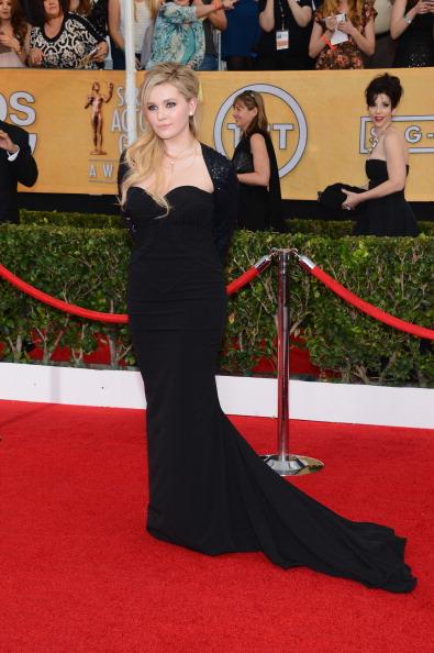 アビゲイル ブレスリン「20th Annual Screen Actors Guild Awards - Arrivals」:写真・画像(0)[壁紙.com]