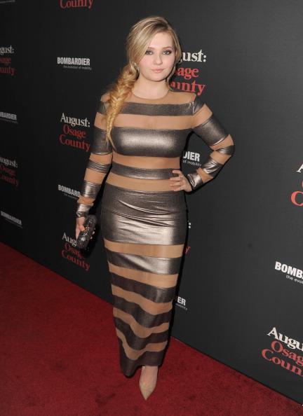 アビゲイル ブレスリン「Premiere Of The Weinstein Company's 'August: Osage County' - Red Carpet」:写真・画像(17)[壁紙.com]