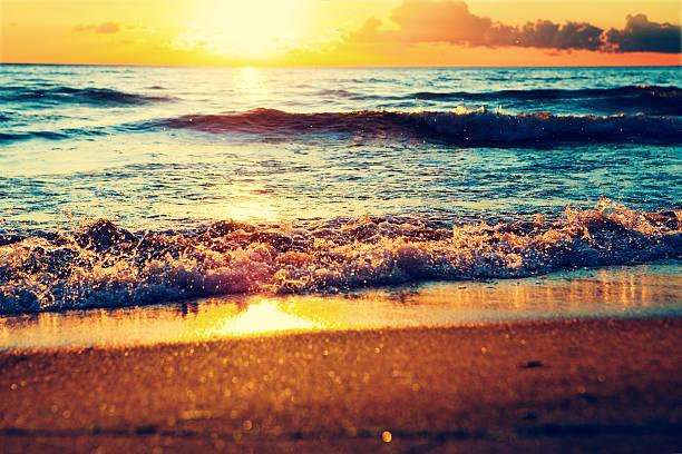sunset on the sea:スマホ壁紙(壁紙.com)