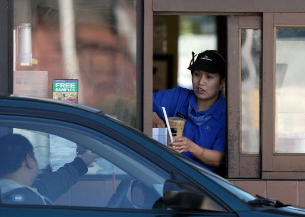 Fast Food「McDonald's Same Store Sales Up 7.1 Percent In January」:写真・画像(3)[壁紙.com]