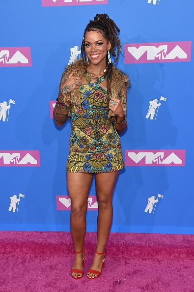 Multi Colored Dress「2018 MTV Video Music Awards - Arrivals」:写真・画像(5)[壁紙.com]