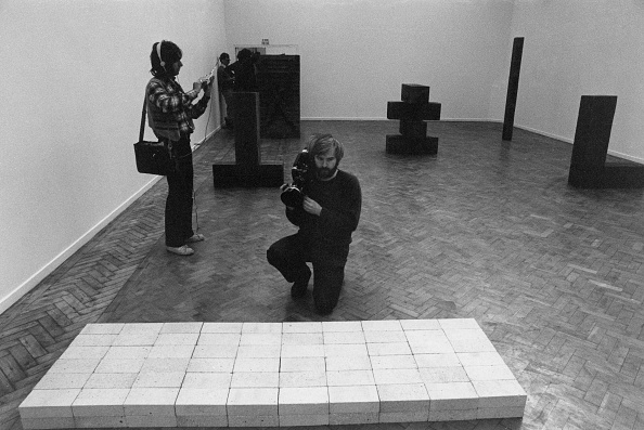 Simplicity「Carl Andre And The Bricks」:写真・画像(5)[壁紙.com]