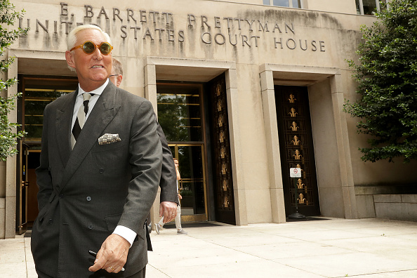 Asking「Trump Political Advisor Roger Stone Returns To Court In Effort To Dismiss Charges」:写真・画像(12)[壁紙.com]