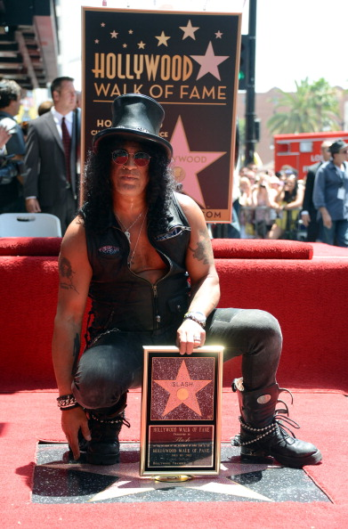 Hollywood - California「Slash honored with the 2,473rd Star on the Hollywood Walk of Fame」:写真・画像(16)[壁紙.com]
