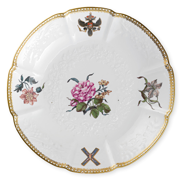 Crockery「Plate From The Order Of Saint Andrew Service Given By Augustus Iii Of Poland And Saxony To Empress」:写真・画像(13)[壁紙.com]