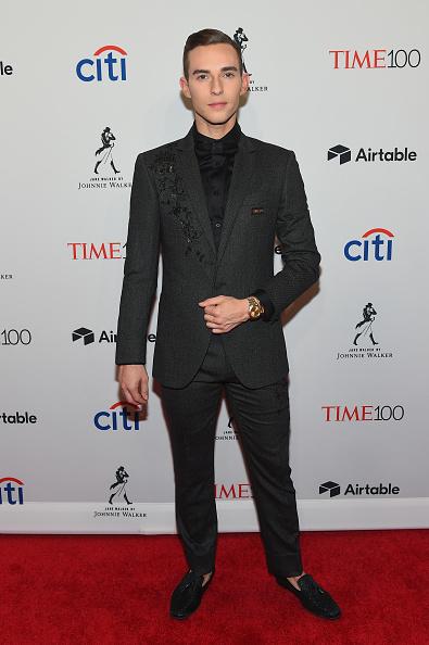 アダム・リッポン「2018 Time 100 Gala - Lobby Arrivals」:写真・画像(7)[壁紙.com]