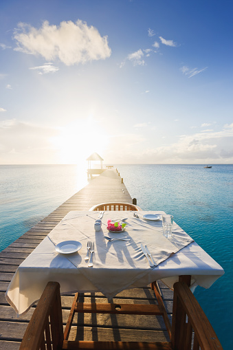 Perfection「Dinner Table at Sunset Luxury Tourist Resort」:スマホ壁紙(6)