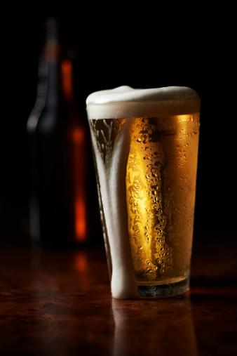 Overflowing「Bar Beer」:スマホ壁紙(12)
