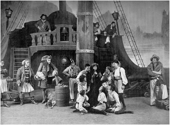 演劇「J M Barrie 's Peter Pan」:写真・画像(8)[壁紙.com]