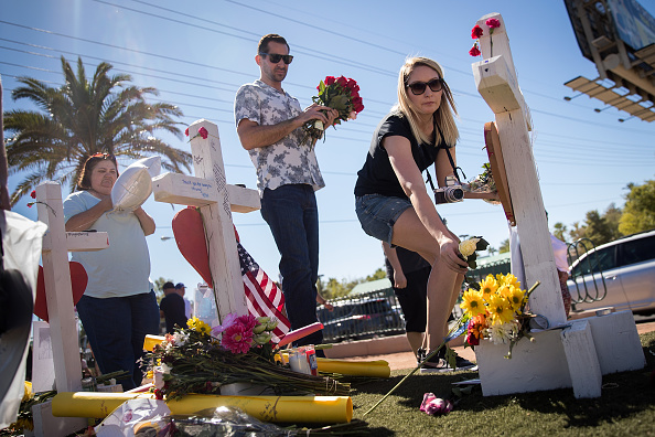 Las Vegas「Las Vegas Mourns After Largest Mass Shooting In U.S. History」:写真・画像(19)[壁紙.com]