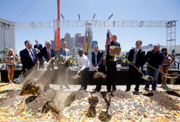 Floyd Mayweather Jr「MGM Resorts And AEG Break Ground On New Las Vegas Arena」:写真・画像(19)[壁紙.com]