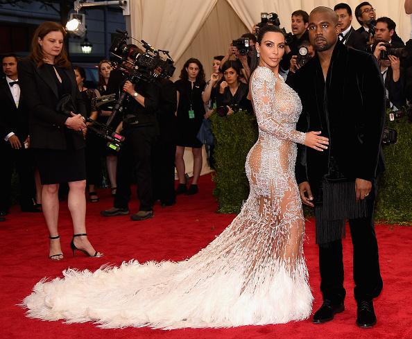 "Kim Kardashian「""China: Through The Looking Glass"" Costume Institute Benefit Gala - Arrivals」:写真・画像(9)[壁紙.com]"