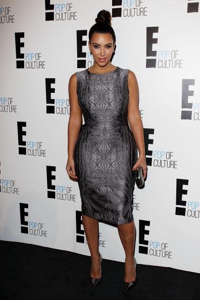 Form Fitted「Kim Kardashian At E! Channel Brand Evolution Event」:写真・画像(11)[壁紙.com]