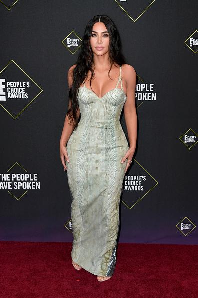 Kim Kardashian「2019 E! People's Choice Awards - Arrivals」:写真・画像(15)[壁紙.com]