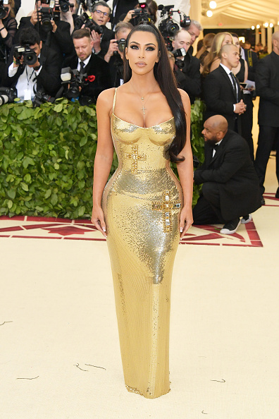 Kim Kardashian「Heavenly Bodies: Fashion & The Catholic Imagination Costume Institute Gala - Arrivals」:写真・画像(19)[壁紙.com]