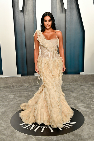 Kim Kardashian「2020 Vanity Fair Oscar Party Hosted By Radhika Jones - Arrivals」:写真・画像(7)[壁紙.com]