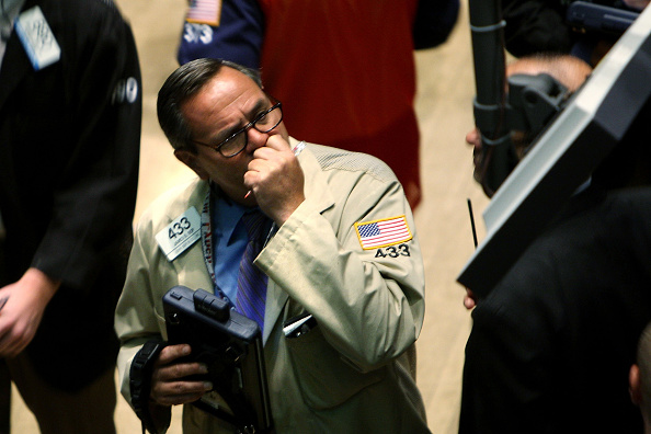 Dow Jones Industrial Average「Wall Street Trys To Stabilize After Financial Sector Meltdown」:写真・画像(0)[壁紙.com]